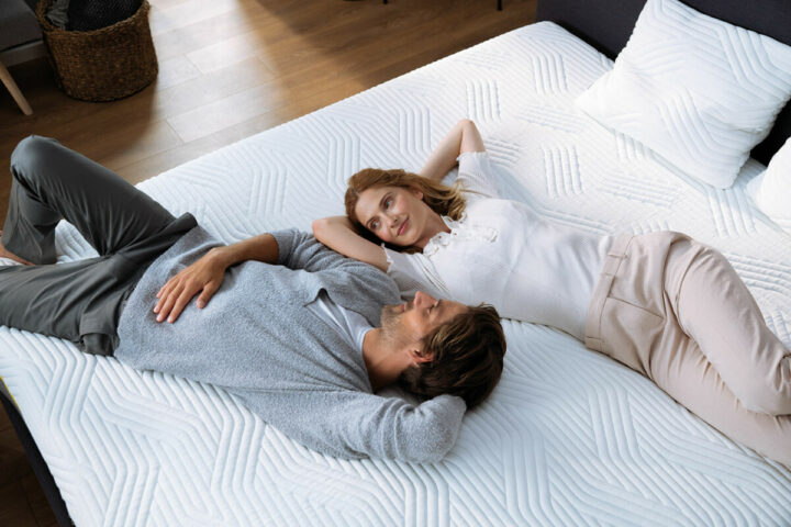 ambiance_original-luxe-couple-relax